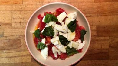 Photo of Ensalada caprese de tomate y mozzarella